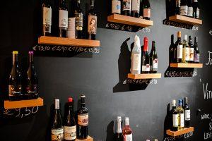 Een ruim assortiment aan wijnen bij Vinifera te Leisele